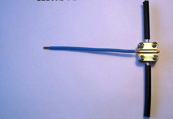 Соединение проводов при помощи кабельных сжимов