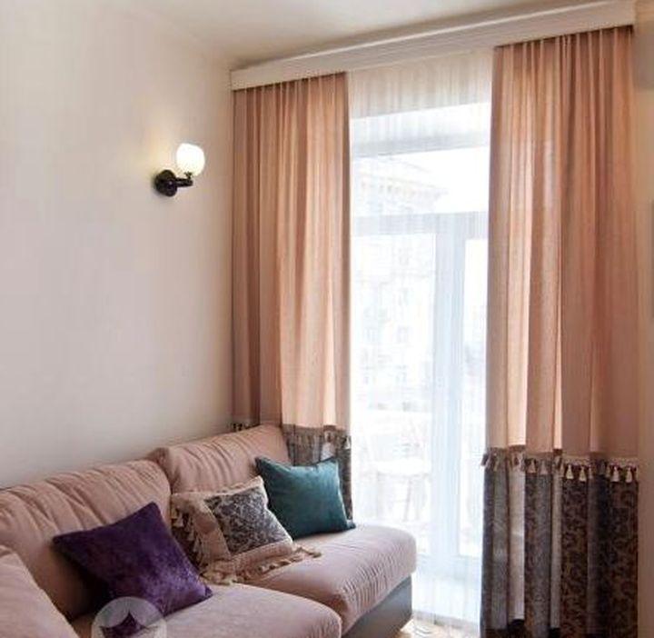 Необычный пошив двухцветных штор