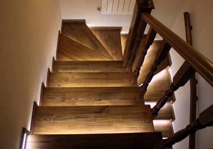 Светодиодная подсветка для лестницы