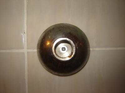 Установка смесителя в ванной своими руками