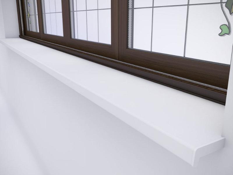 Нащельник для окон на большом окне