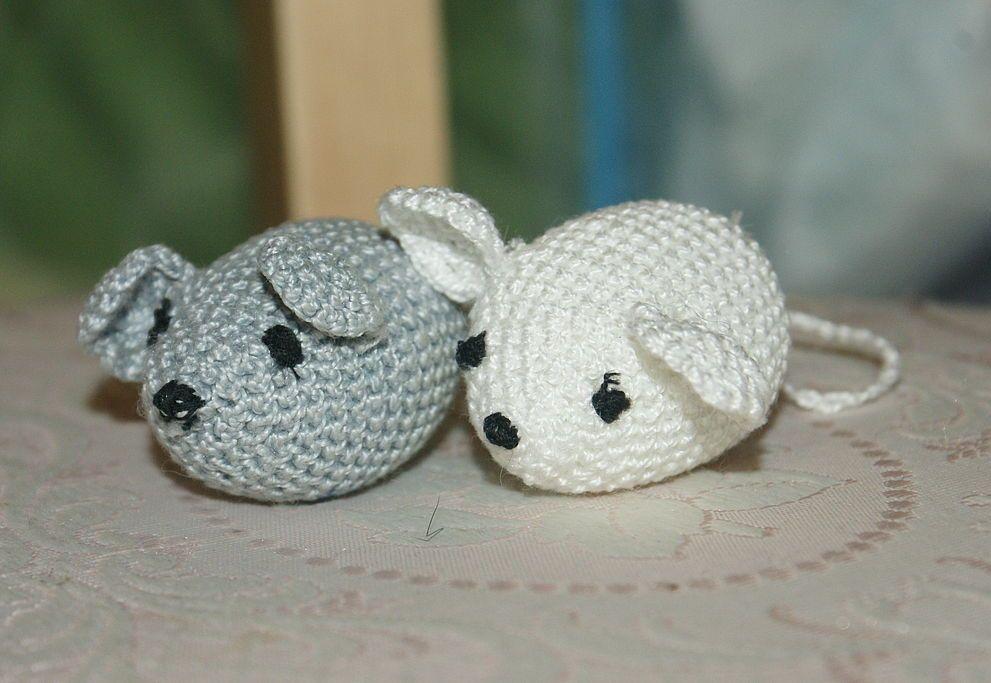 Вязаные крючком мышки