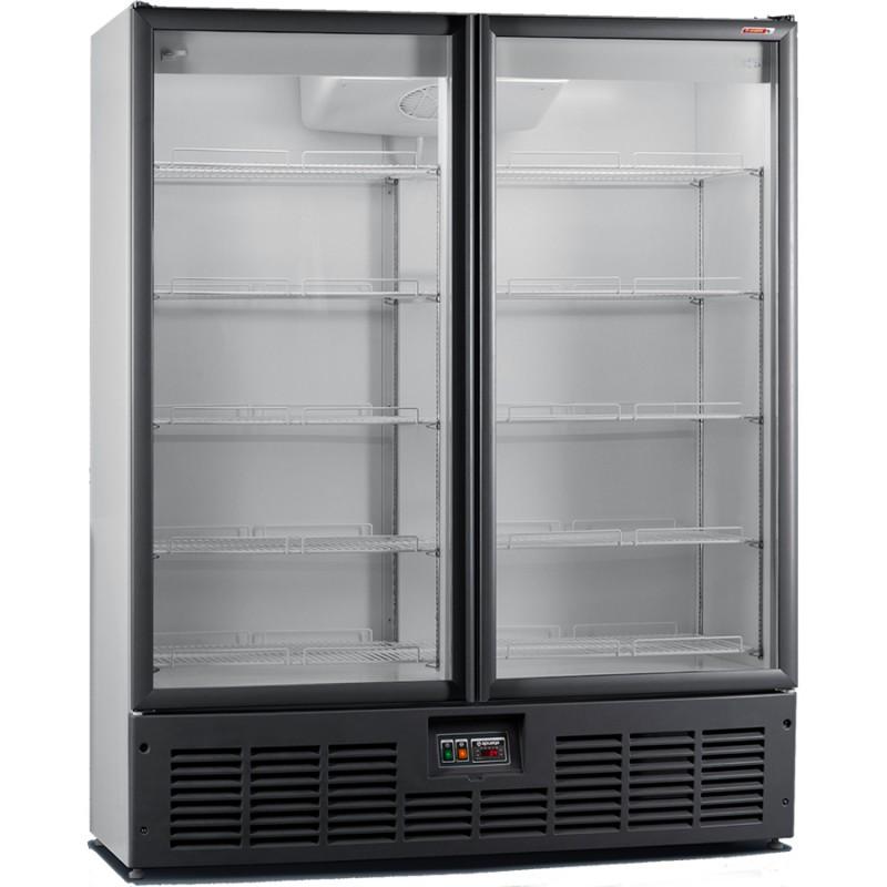 Современный холодильный шкаф