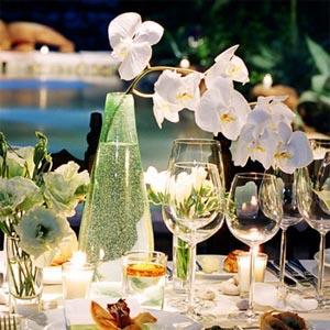 украшение стола цветами и свечами фото19
