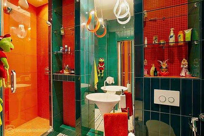 яркая ванная комната 09
