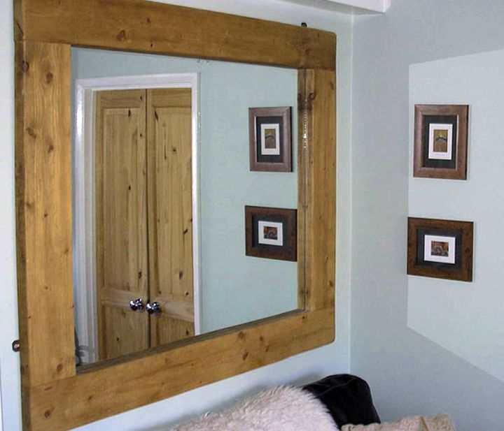 Лаконичная деревянная рамка для зеркала