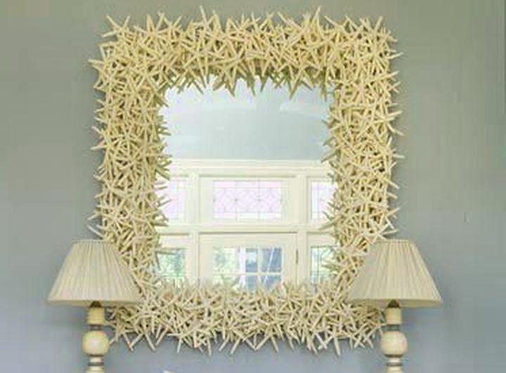 Нежный декор для зеркала