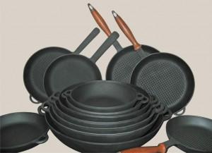 Chugunnaja-skovoroda-gril-5
