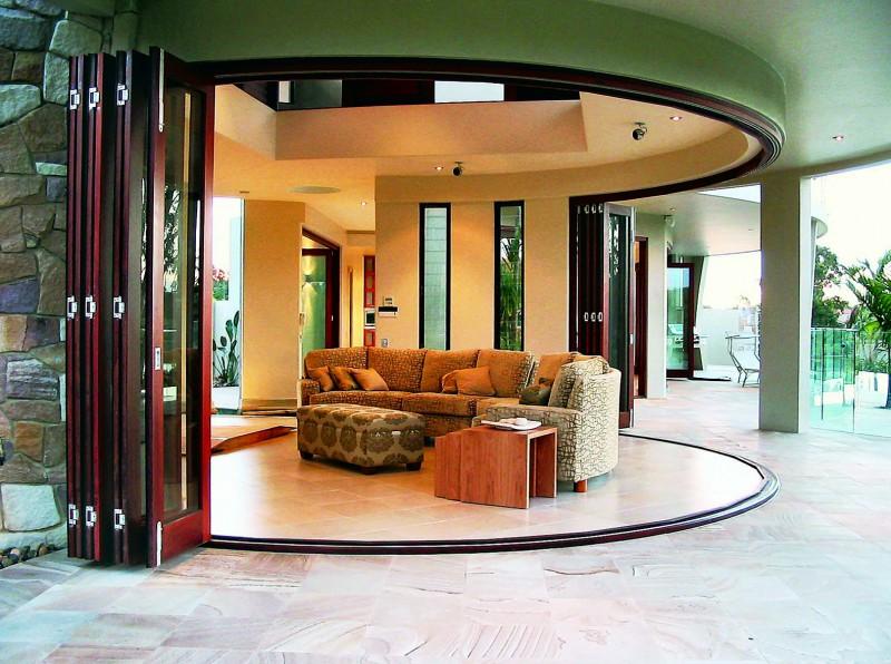 Зонирование пространства с помощью двери-гармошки