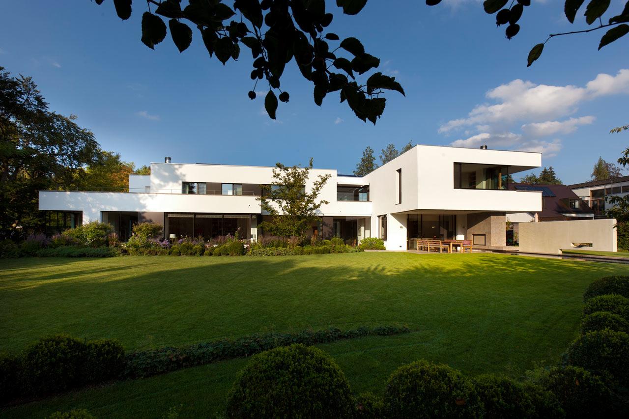 Классическая вилла Bauhaus в Мюнхене