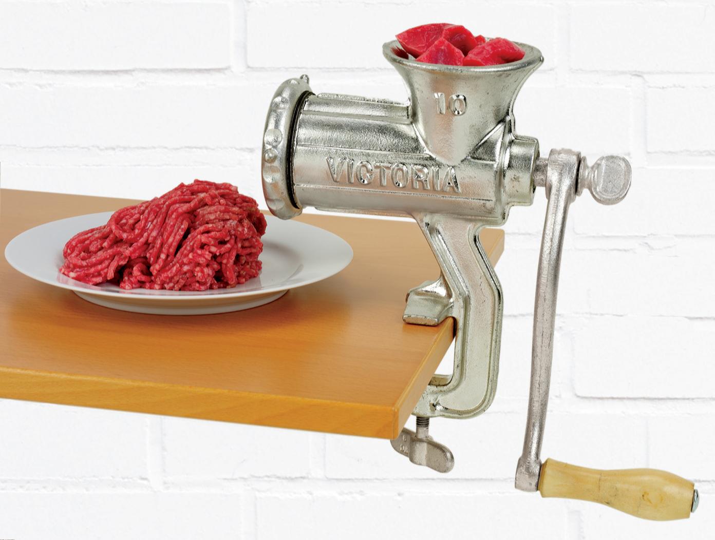 Как правильно вставлять нож в мясорубку