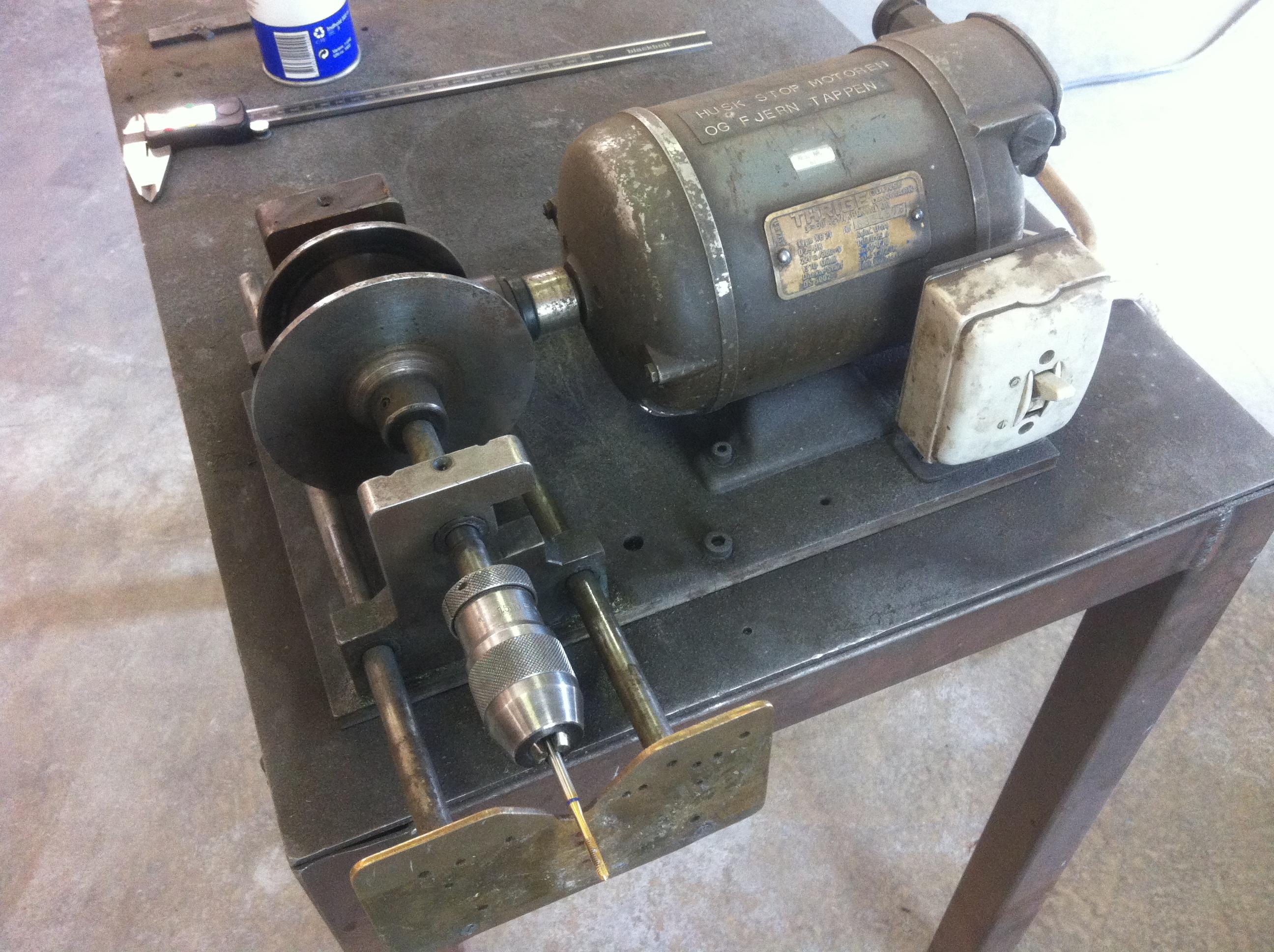 Самодельные станки и приспособления для мастерской своими руками 441