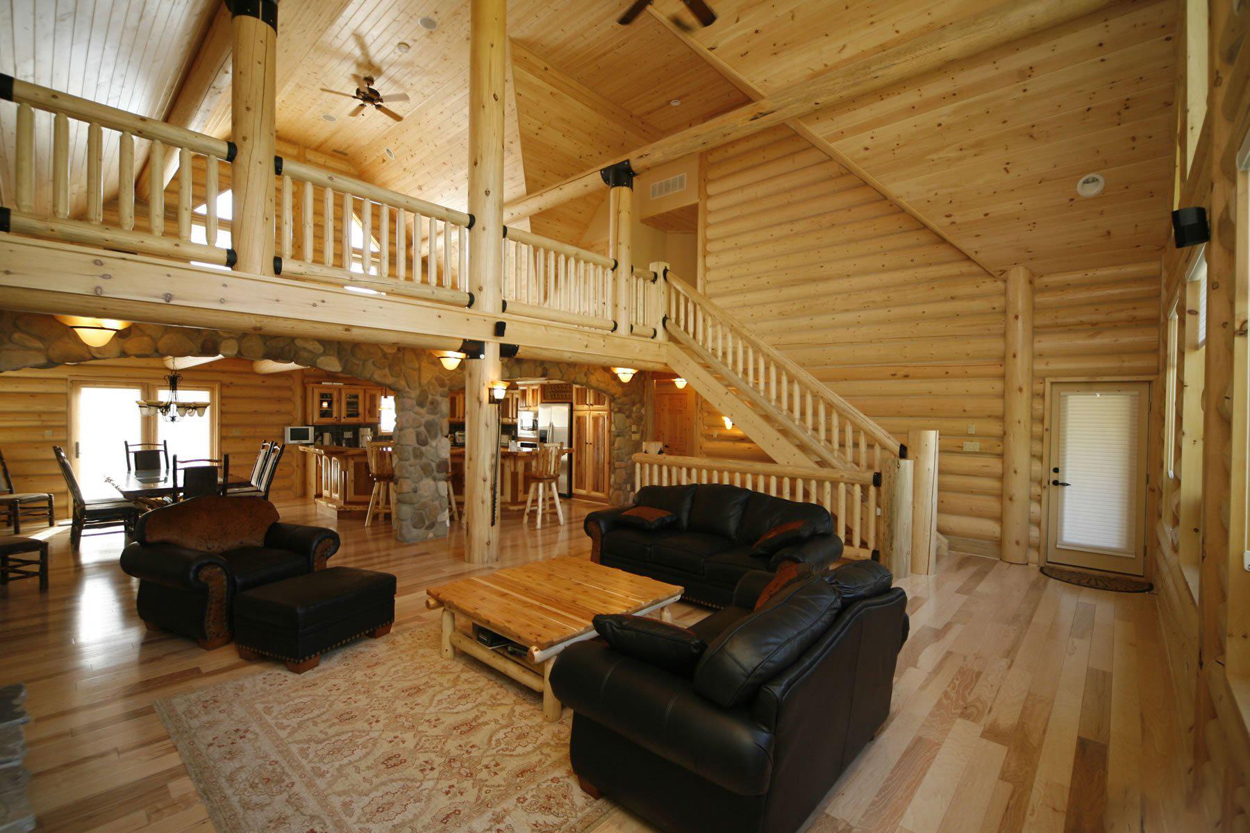 Дизайн деревянного частного дома внутри
