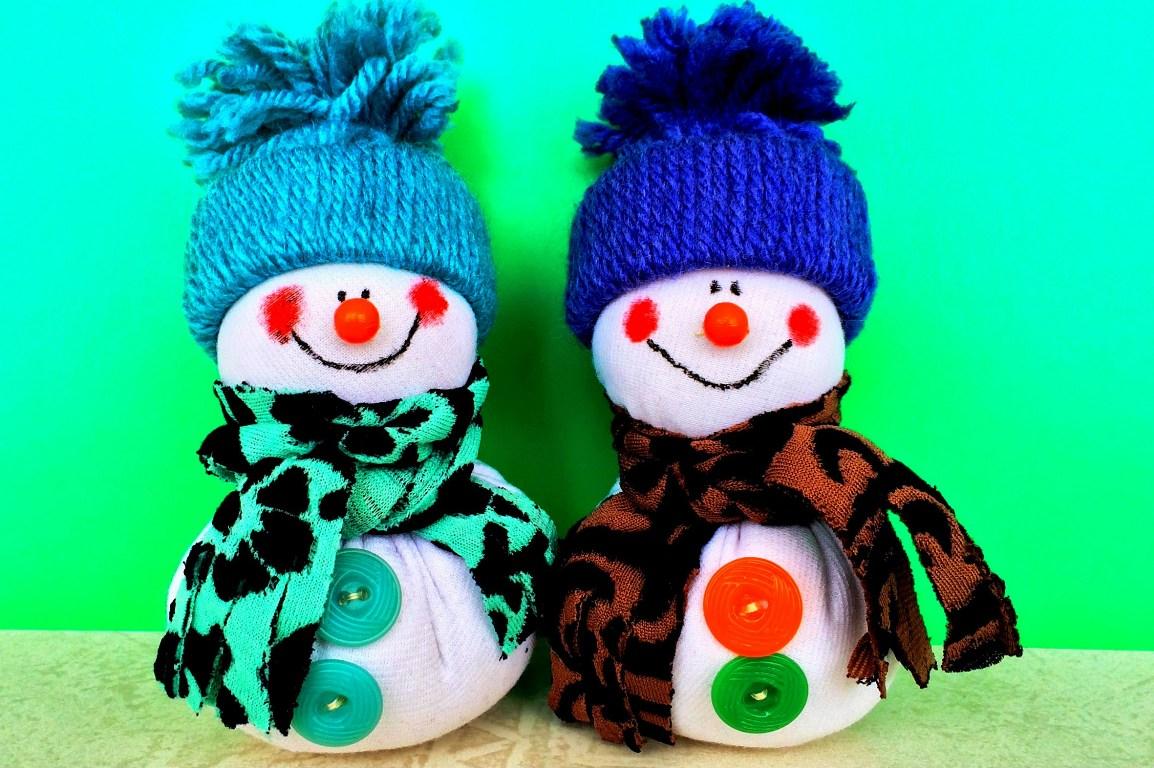 Новогодние поделки своими руками снеговики