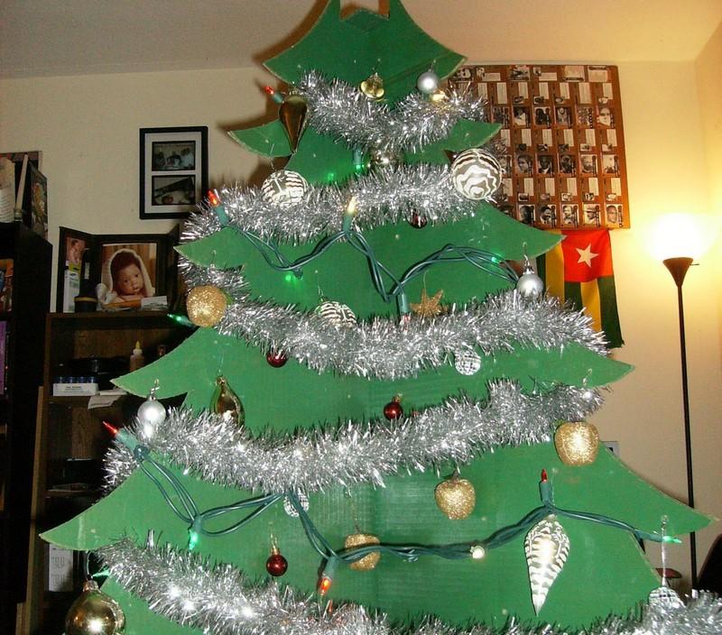 украшения елки из картона