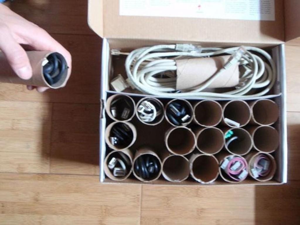 Из втулок можно сделать органайзер для хранения различных вещей