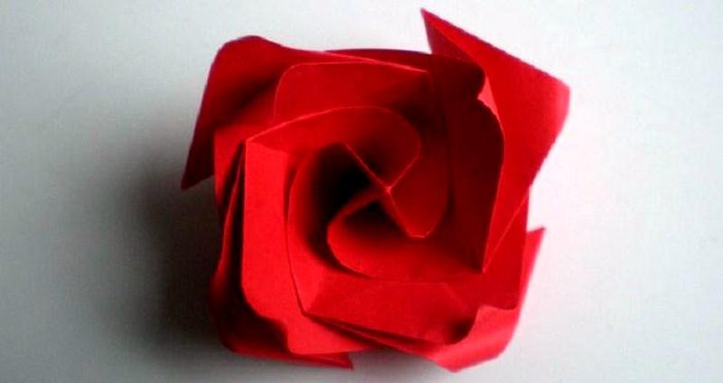 podelka_roza_origami