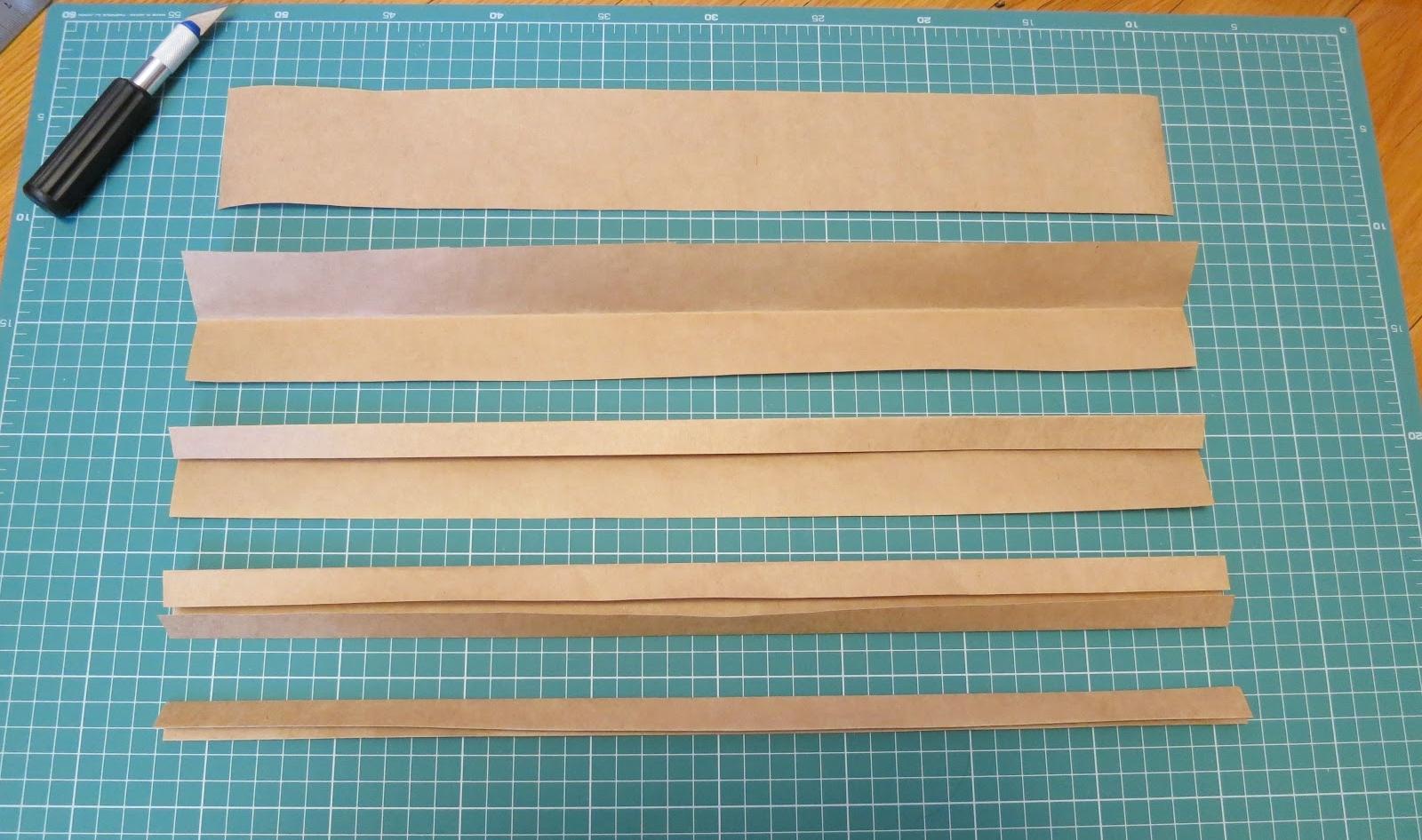 Обрезка крафтовой бумаги
