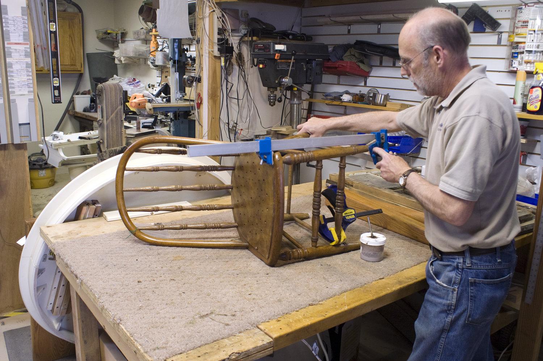 Специализированная реставрация мебели