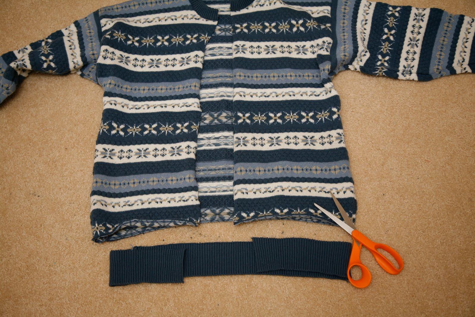 Как из свитера сделать свитер для собаки