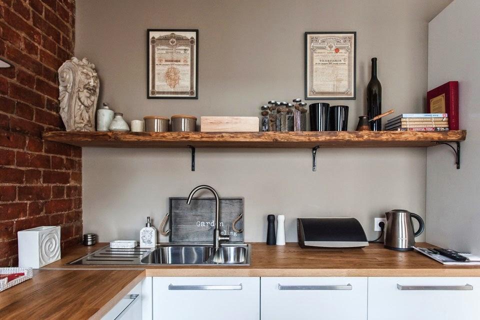 В студии кухня, как правило, очень маленькая