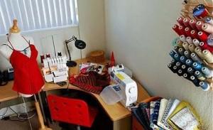 стол для шитья 025