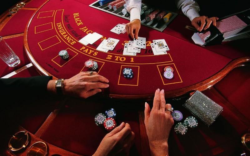 Играем на реальные деньги в казино Вулкан платинум. Лучшие игровые автоматы
