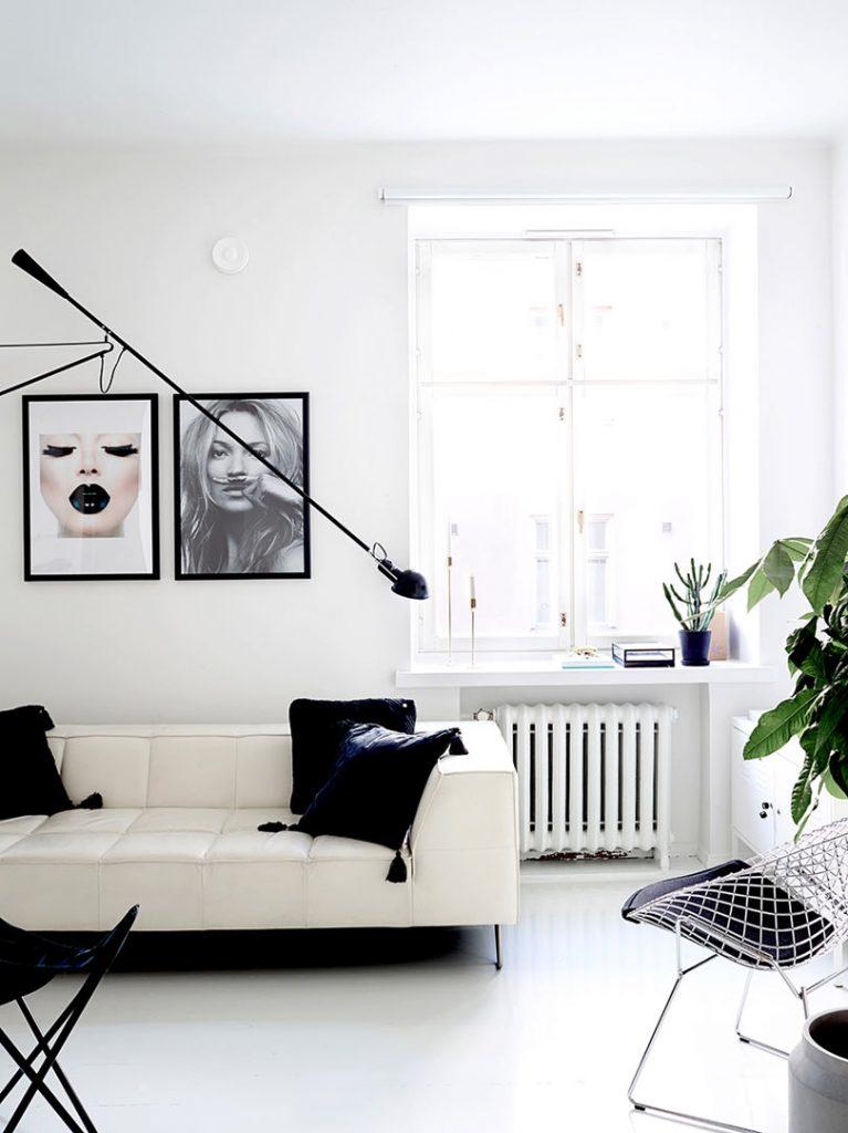 Хельсинская квартира с интерьером в черно-белом исполнении