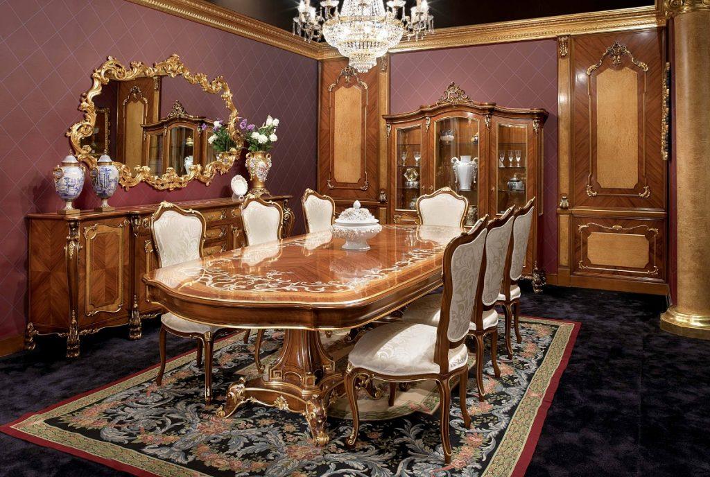 Элитная деревянная мебель в столовой