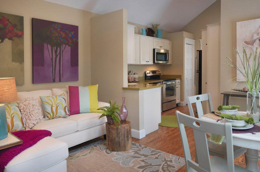Цветовое зонирование кухни-гостиной